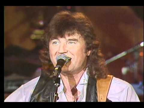 EDDY RAVEN – Fais Do Do – Country Music Weekly